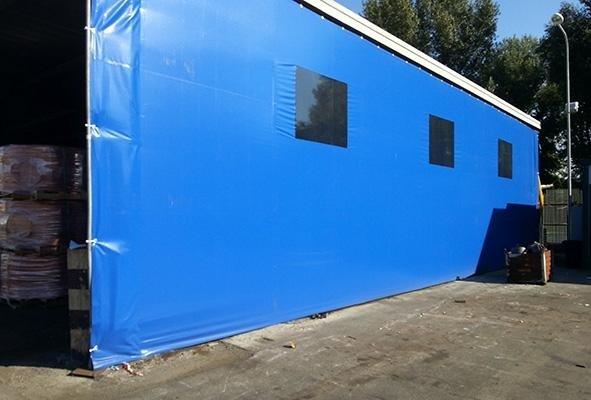 telone azzurro  capannone