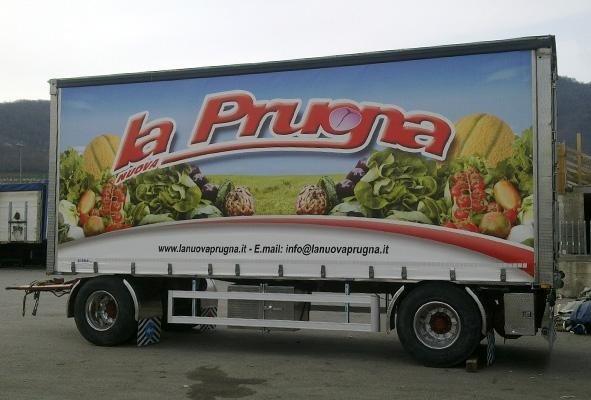 telone per camion a marchio LA PRUGNA