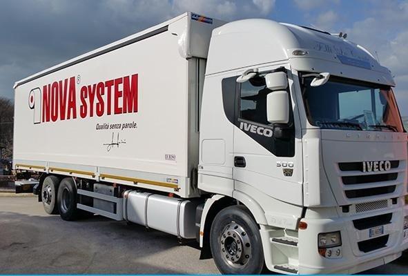 telone per camion a marchio  NOVA SYSTEM