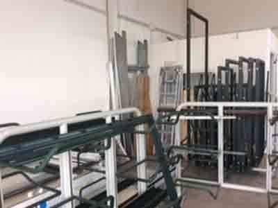 Vista del workshop di lavoro di vetro della compagnia