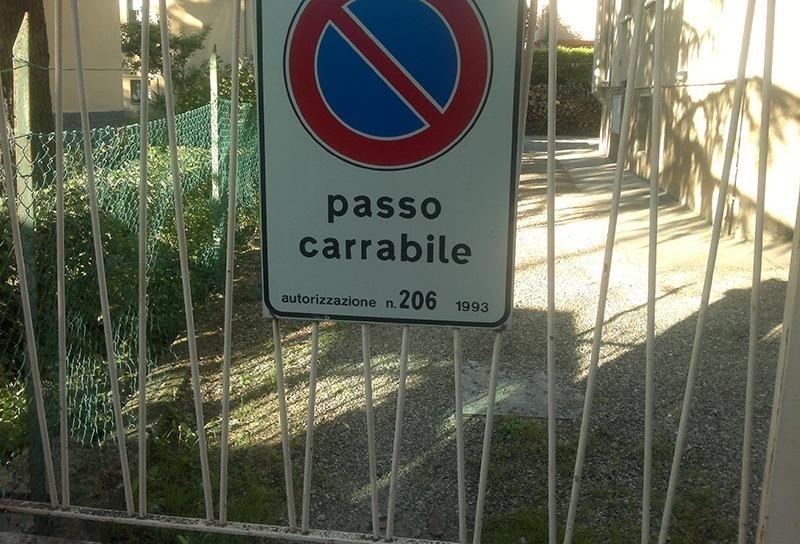Cantiere fogna in via Mezzini San Lazzaro a Bologna