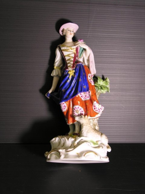 statuetta porcellana antica