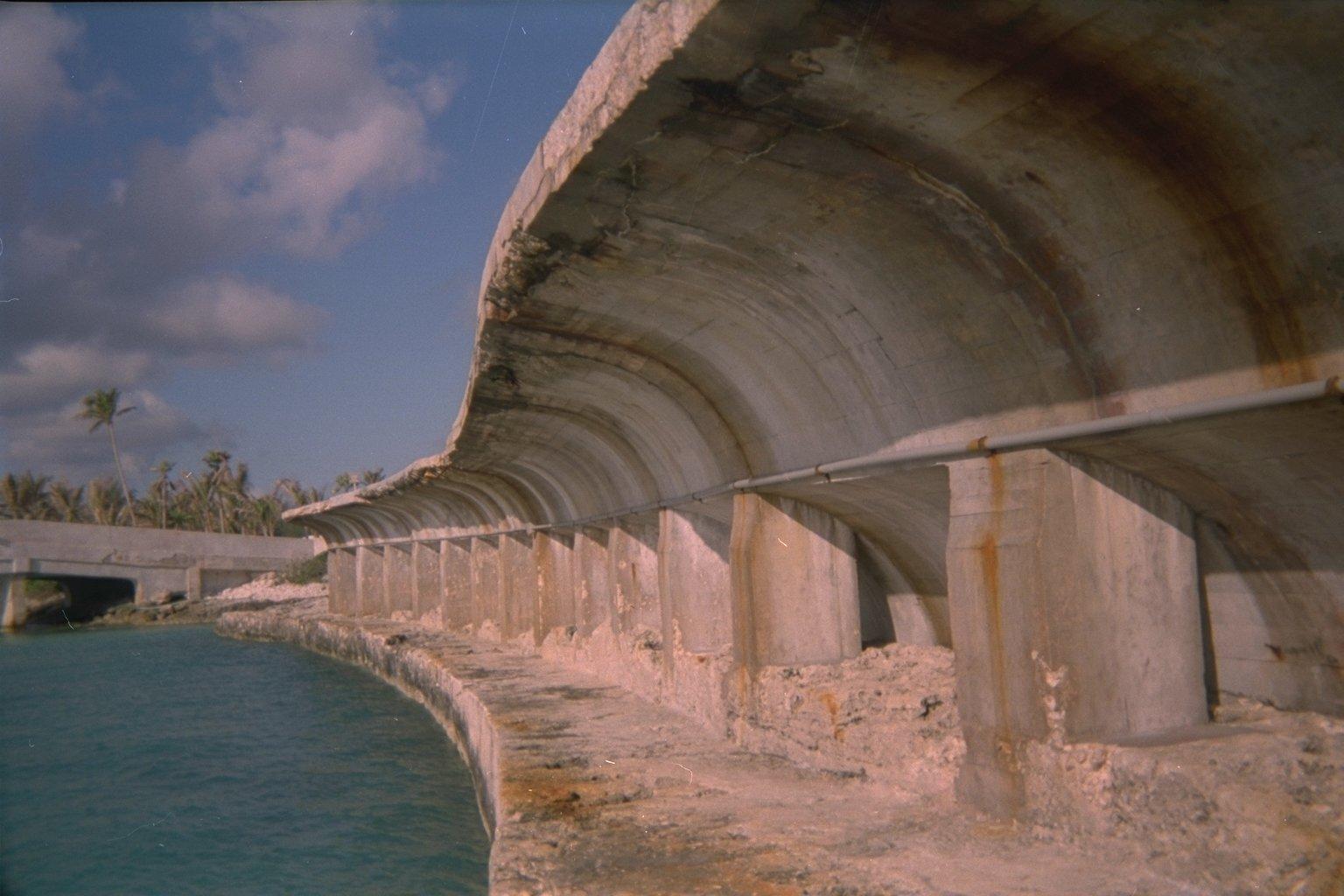Atlantis breakwater (Thunderball - 1965)