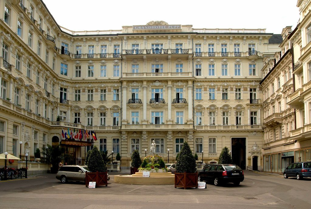 Grandhotel Pupp featured as Hotel Splendide in Casino Royal (2006)