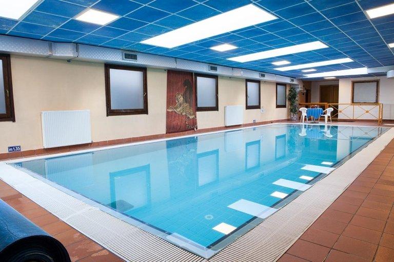 бассейн отель Юнион