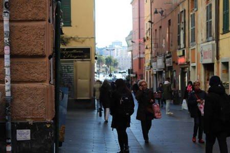 Via del centro città di Genova