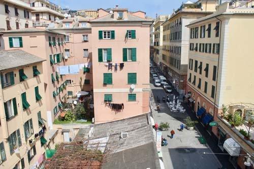 Vista dall'alto sul centro storico di Genova