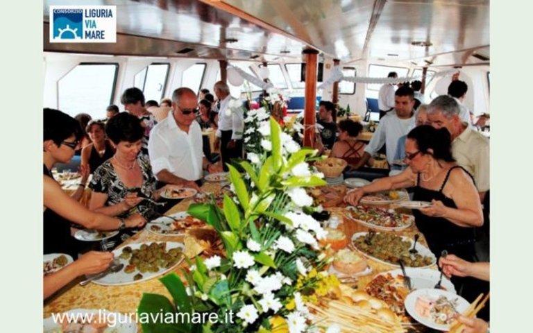 Marriage on board cinque terre