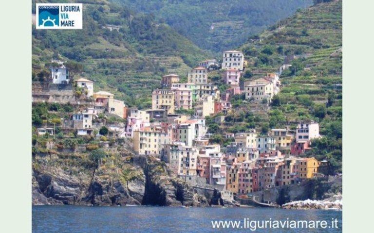 Escursioni in nave in Liguria