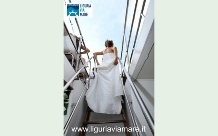 Traveling wedding in Italy