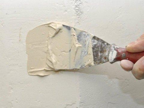 riparazione buco muro