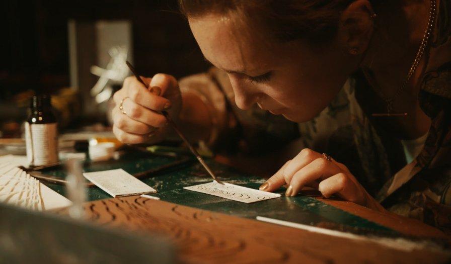 Sculptural artist at work on condo ship designs