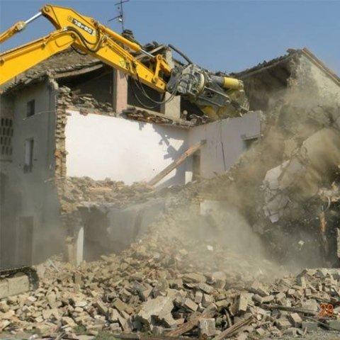 servizio di demolizione e scavi a novara