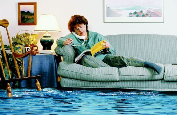 flood damage, water damage removal, water damage claims