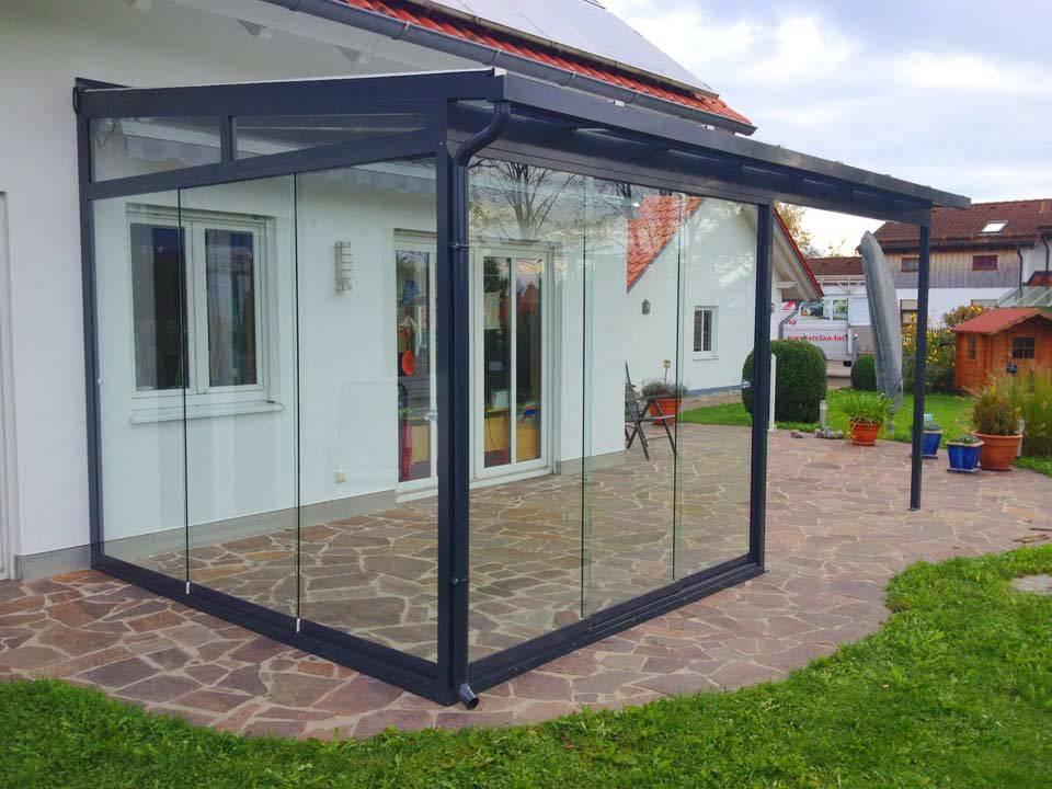 Wintergarten aus Glas