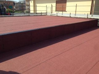 manto ardesiato rosso su doppio tetto