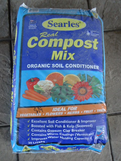 compost fertiliser mix
