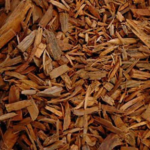 old pine woodchip