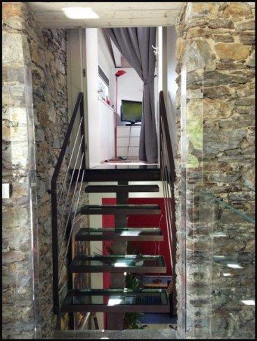 scale in vetro, decorazioni articstiche
