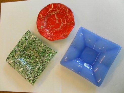vendita oggetti in vetro, articoli in vetro colorato