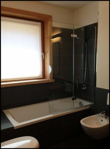 vetrata vasca da bagno, vetrate da arredamento