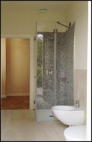 complementi per bagno, lavorazione del vetro