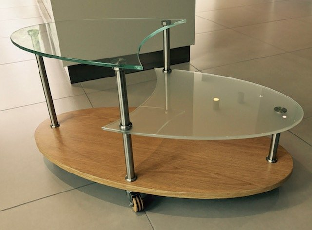Mobiletto in vetro 4