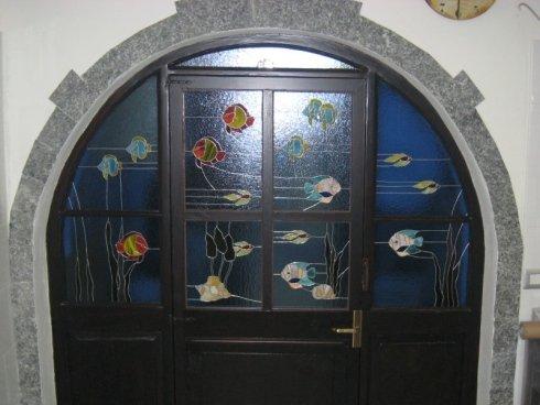 decorazione negozi, vetrate locali pubblici