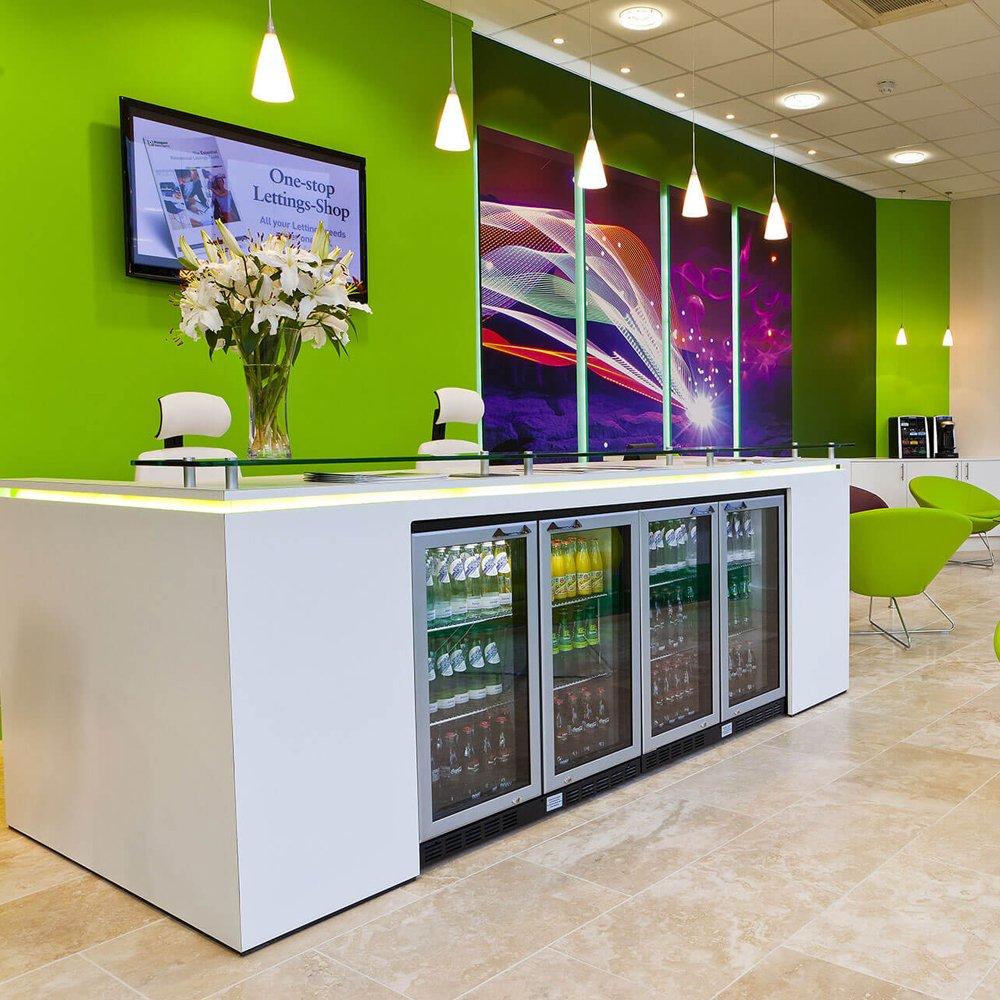 Green walls office