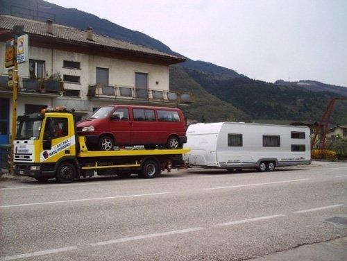 trasporto furgone con pronto soccorso