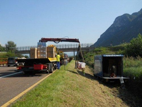 lavori prelevamento camion