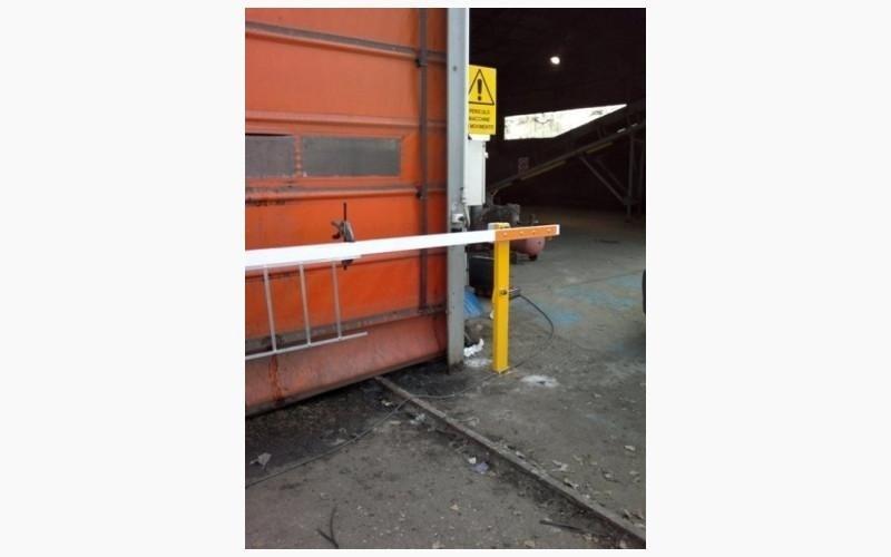 barriera motorizzata esterna