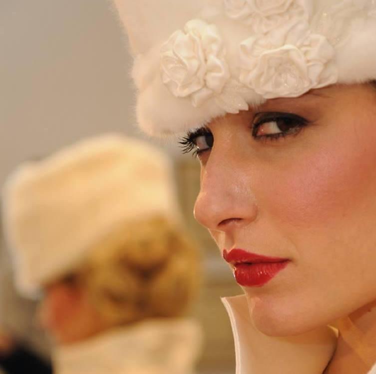 dettaglio cappello sposa