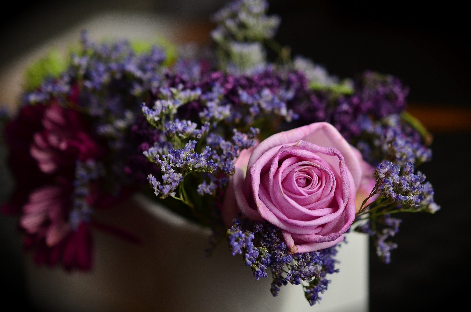 The Go To Guide For Funeral Flowers
