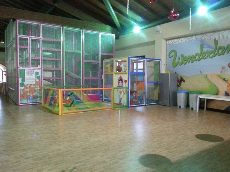 Pavimenti in PVC per spazi di gioco, asili, scuole
