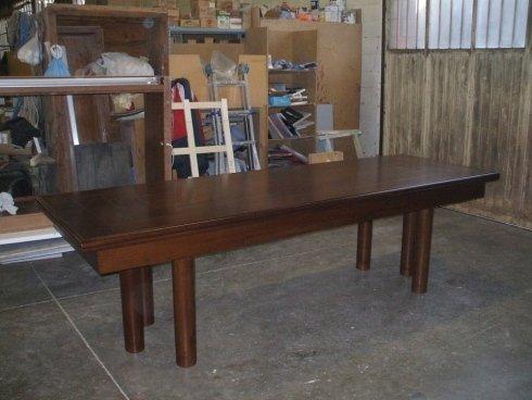 Realizzazione tavolo in legno su misura