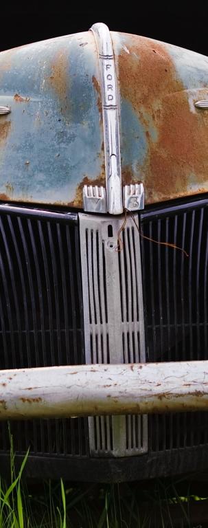 rusty car grill