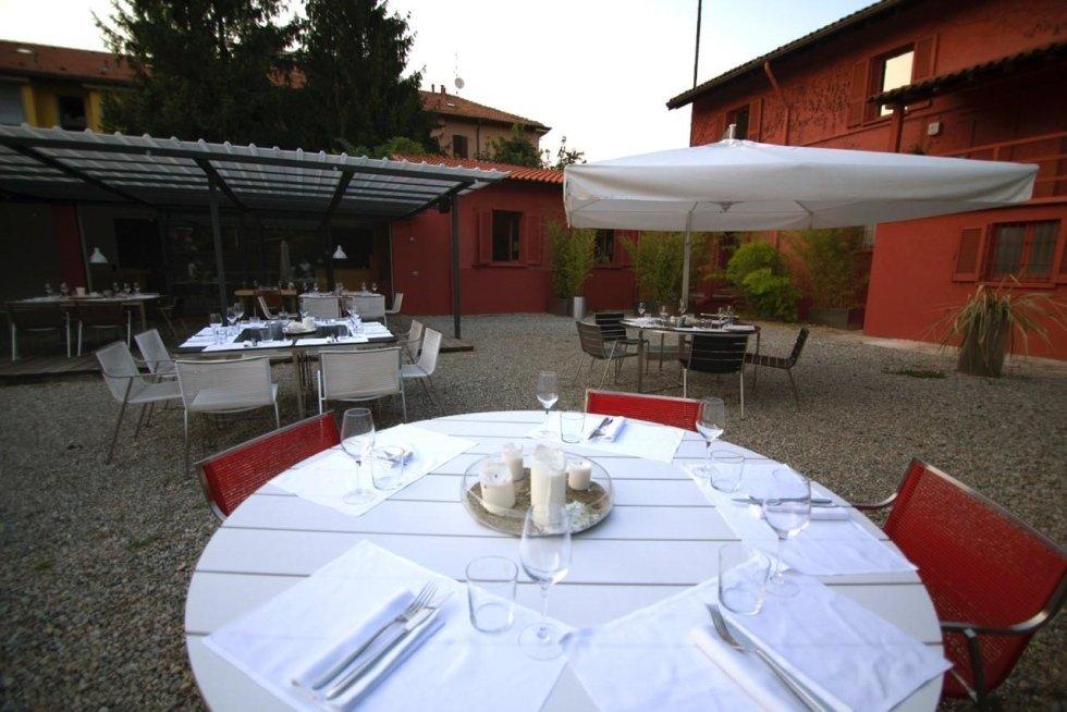 area aperta e privata di un ristorante