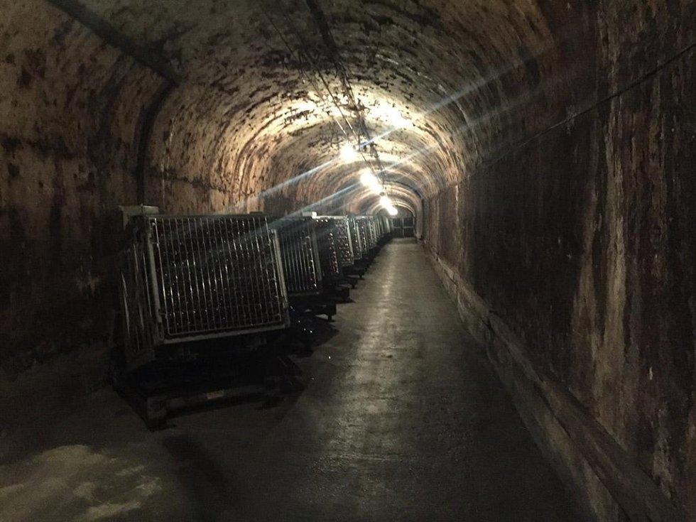 cave de epernay