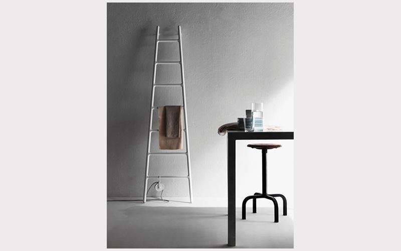 radiatore verticale a scala