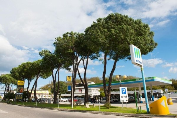 metano distributore Avellino .