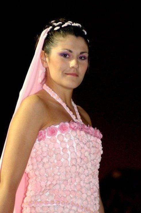 dettaglio abito rosa MERINGHETTE ALLA FRAGOLA