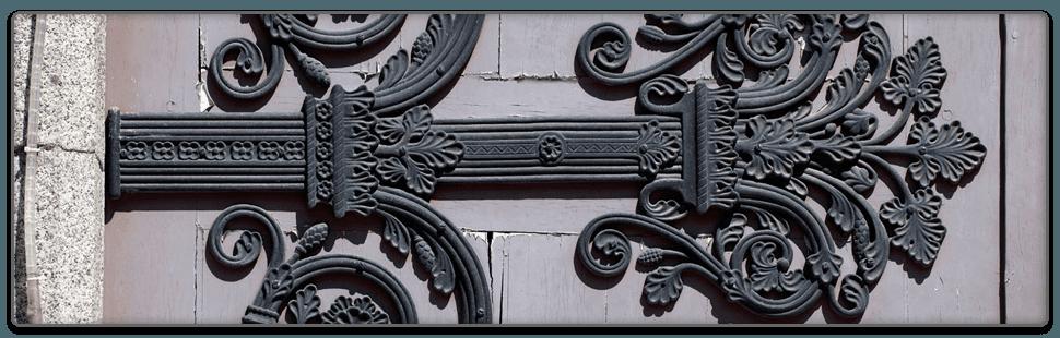 Comtemporary Style Iron Gates