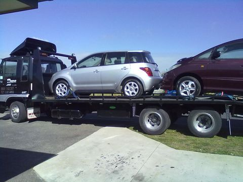 car towing in Auckland