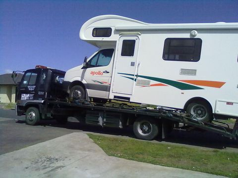 Van towing in Auckland