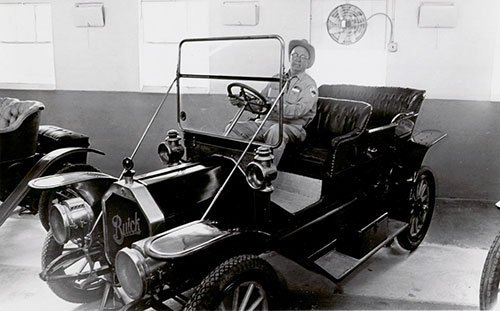 Antique Car Museum - Space Farms History Museum