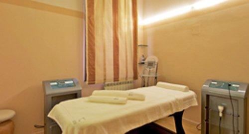 centro estetico con macchinari per trattamenti