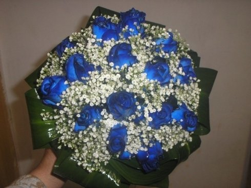 bouquet rose blu e bianco