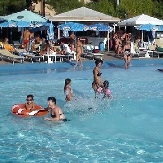 piscina per clienti