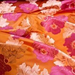 mixed vegetable and animal fibre fabrics